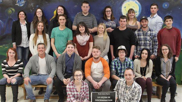 Annie Leblanc et ses anciens élèves en 2016