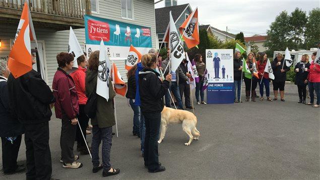 Manifestation contre la fermeture de la RAC 2 à Gaspé