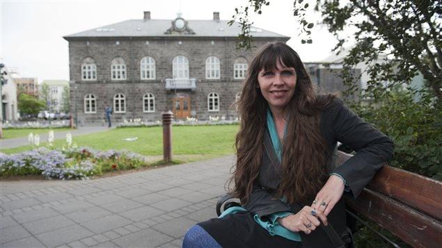 Birgitta Jonsdottir, fondatrice du Parti pirate islandais