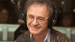 Stéphane Laporte, des clins d'oeil quotidiens à <em>La voix junior</em>