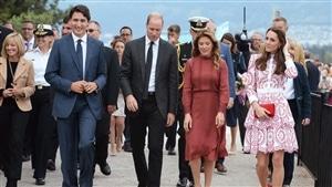 Le premier ministre Justin Trudeau et son épouse ont accompagné dimanche le duc et la duchesse de Cambridge.