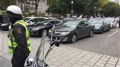 Manifestation des chauffeurs de taxi : pas de rencontre d'urgence, dit Philippe Couillard
