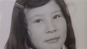 Carla Williams a été adoptée par une famille néerlandaise. Ses parents lui ont dit qu'ils l'ont achetée pour 6400$.