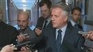 Laurent Lessard questionné à sa sortie du caucus libéral