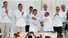 Accord de paix en Colombie : entre soulagement et méfiance