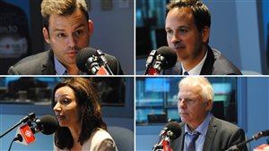 Les quatre candidats à la direction du Parti québécois (dans le sens des aiguilles d'une montre) : Paul St-Pierre Plamondon, Alexandre Cloutier, Jean-François Lisée et Martine Ouellet