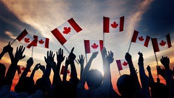Économie, religion, environnement: ces sujets qui divisent les Canadiens