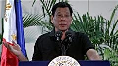 Le président philippin se compare à Hitler