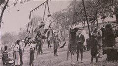 Comment les enfants jouaient-ils il y a 100ans? La réponse en photos