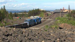 Vue d'ensemble des anciennes installations de Cliffs ressources naturelles à Pointe-Noire.