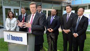 Le maire de Toronto, John Tory, lors d'un sommet des maires des grandes villes du Canada en 2015