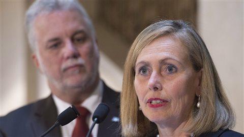 Monique Leroux présidente d'un comité consultatif sur l'économie et l'innovation, en compagnie du premier ministre du Québec, Philippe Couillard