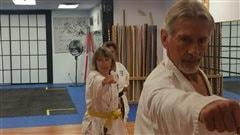 Le karaté pour combattre la maladie de Parkinson