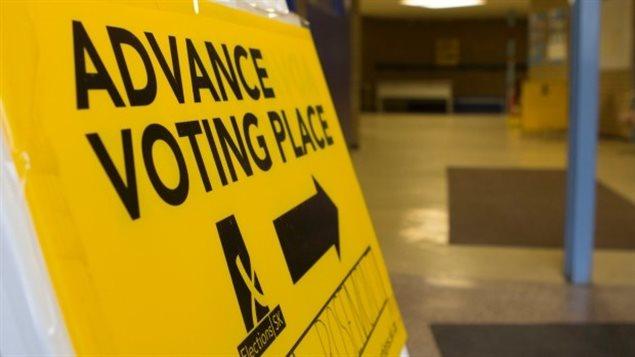 Les électeurs pourront profiter du vote par anticipation à Saskatoon et Regina