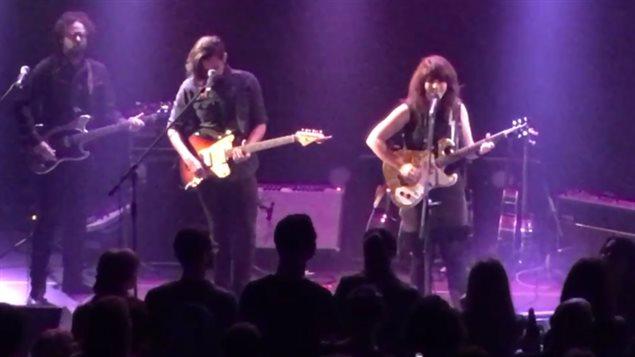 Lisa LeBlanc en spectacle à Moncton.