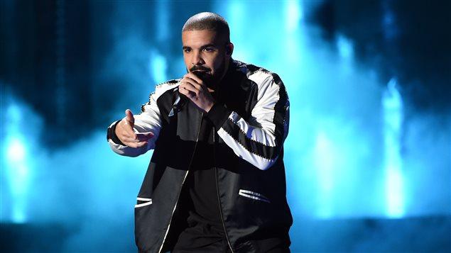 Le rappeur Drake en performance le 23 septembre à Las Vegas.