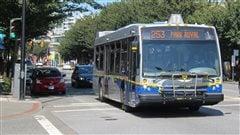 Derniers efforts pour éviter une grève de chauffeurs d'autobus à WestVancouver