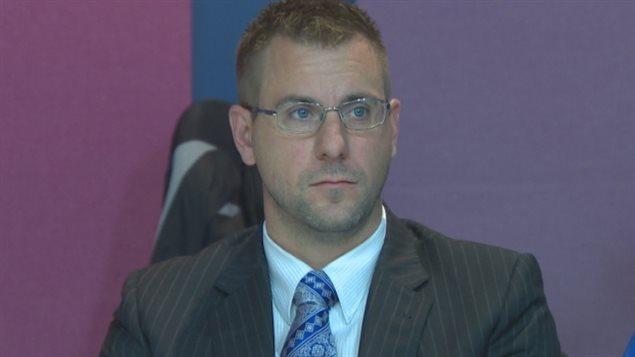 L'agent de la Force royale constabulaire, Joe Smyth.