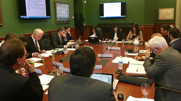Le comité des comptes publics à l'Île-du-Prince-Édouard se penche sur le rapport sur le jeu en ligne