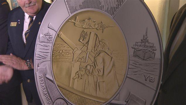 La Monnaie royale canadienne souligne le rôle du Canada dans la bataille de l'Atlantique sur une pièce de 2 $.