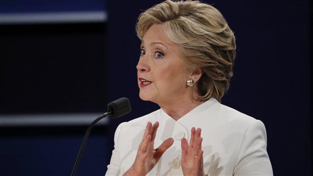 Hillary Clinton, répondant à une question lors du débat tenu à Las Vegas.