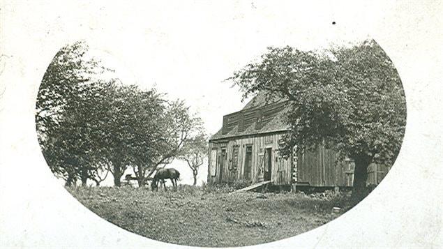 La Old Mission House aurait accueilli la première école de l'Ontario.