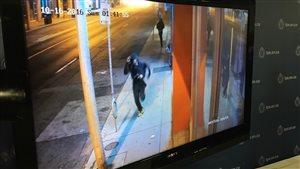 La police de Toronto a dévoilé des vidéos de surveillance.