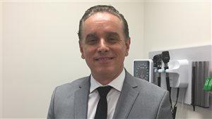 Le Dr Marrero effectue une recherche sur la sclérose en plaques au Nouveau-Brunswick en collaboration avec la Colombie-Britannique