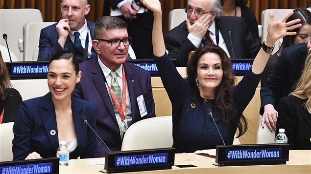Les actrices Gal Gadot et Lynda Carter à l'ONU