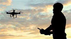 Piratage informatique : les drones et vos empreintes digitales n'y échappent pas