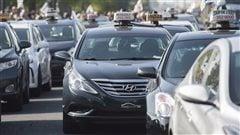Uber: le front commun du taxi dénonce les volte-face de Québec
