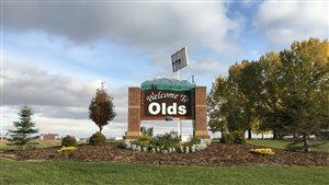 La petite ville de Olds a développé son propre réseau de fibre optique.
