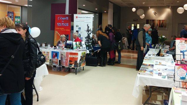 Premier salon du livre de bonaventure ici radio for Salon du canada