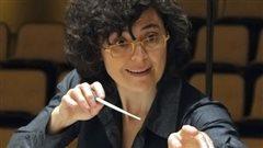 La chef d'orchestre de l'ECM+ Véronique Lacroix