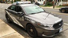 Le chef de police défend le choix du gris pour les nouvelles autopatrouilles