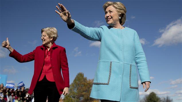 Hillary Clinton fait campagne dans le New Hampshire avec la sénatrice Elizabeth Warren.