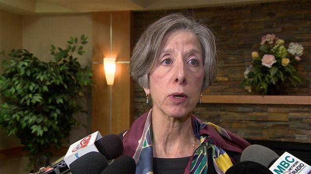 La médecin en chef adjointe de la Saskatchewan, Denise Werker, affirme que le soutien clinique autour du VIH/sida doit être centré sur les besoins du patient.