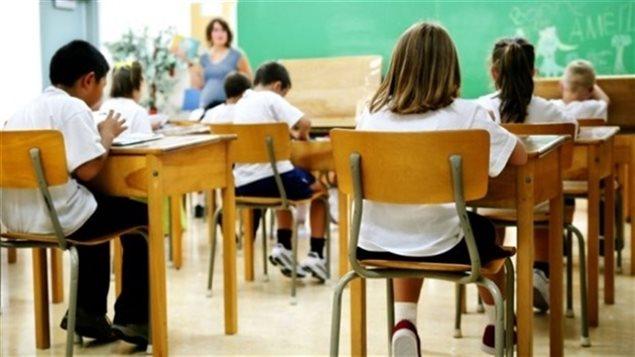 Des enfants en classe