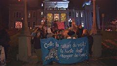 Des centaines de Sherbrookois dénoncent la culture du viol