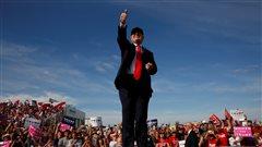Trump et Clinton arpentent la Floride à la conquête de l'État «violet»
