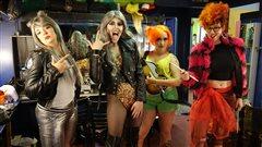 Des femmes font maintenant leur place dans l'univers des drag queens