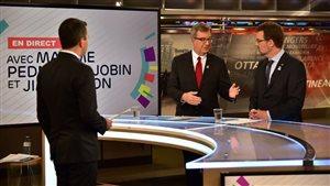 Le maire d'Ottawa était dans les studios de Radio-Canada, mardi, en compagnie de son homologue de Gatineau, Maxime-Pedneaud Jobin.