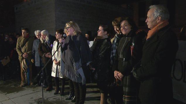 Plusieurs élus de l'Assemblée nationale ont participé à la manifestation pour dénoncer la culture du viol.