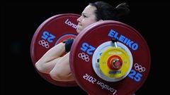 Christine Girard sur le point d'être médaillée d'argent olympique... quatre ans plus tard