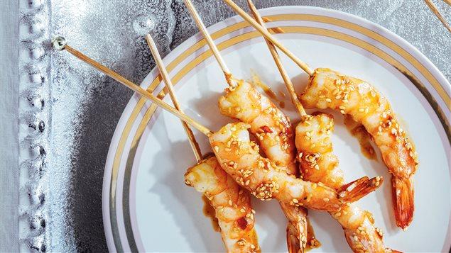 Crevettes laquées au miel et au cari