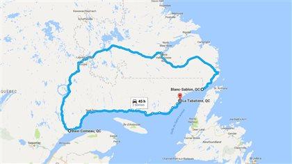 Pour se rendre par la route à Blanc-Sablon en partant de Gros-Mécanita (La Tabatière) il faudrait parcourir plus de 2600 km.