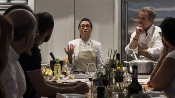 Des cours de cuisine à Montréal pour aider les femmes du Vietnam