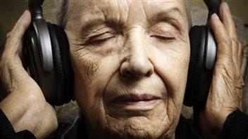 La musique pour aider les personnes atteintes de la maladie d'Alzheimer