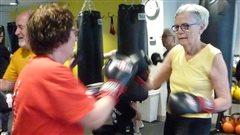 La boxe pour atténuer les symptômes de la maladie de Parkinson