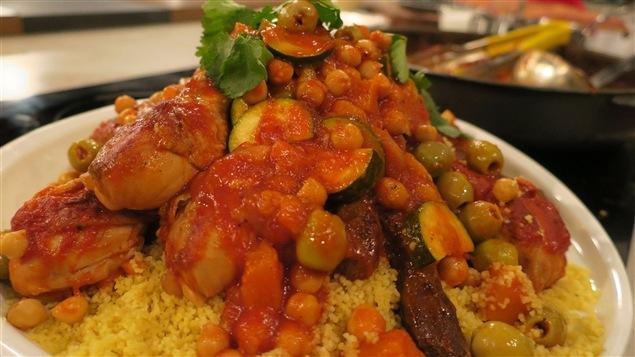 <p>Une recette des plus alléchantes : couscous rapide au poulet et aux légumes</p>